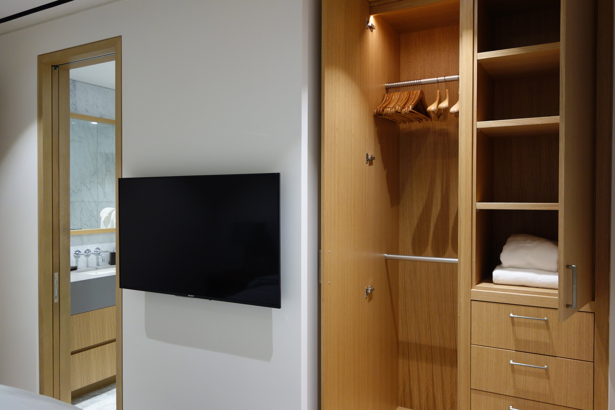 Bedroom Guest Ensuite and Closet.JPG