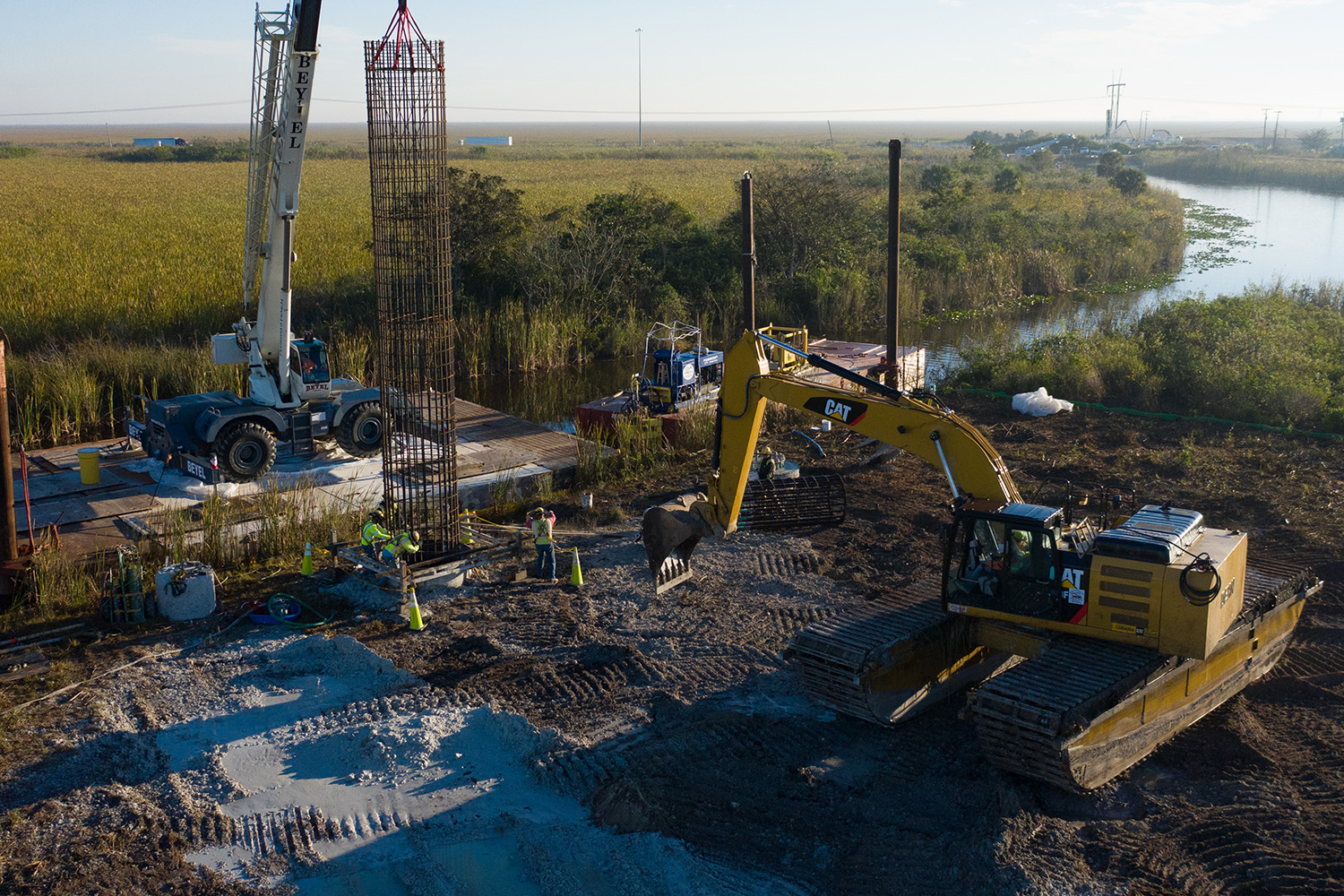 aldridge-electric-top-best-electrical-utility-power-contractors-construction-nationwide-drilling-foundation-foundations-transmission-lines.jpg
