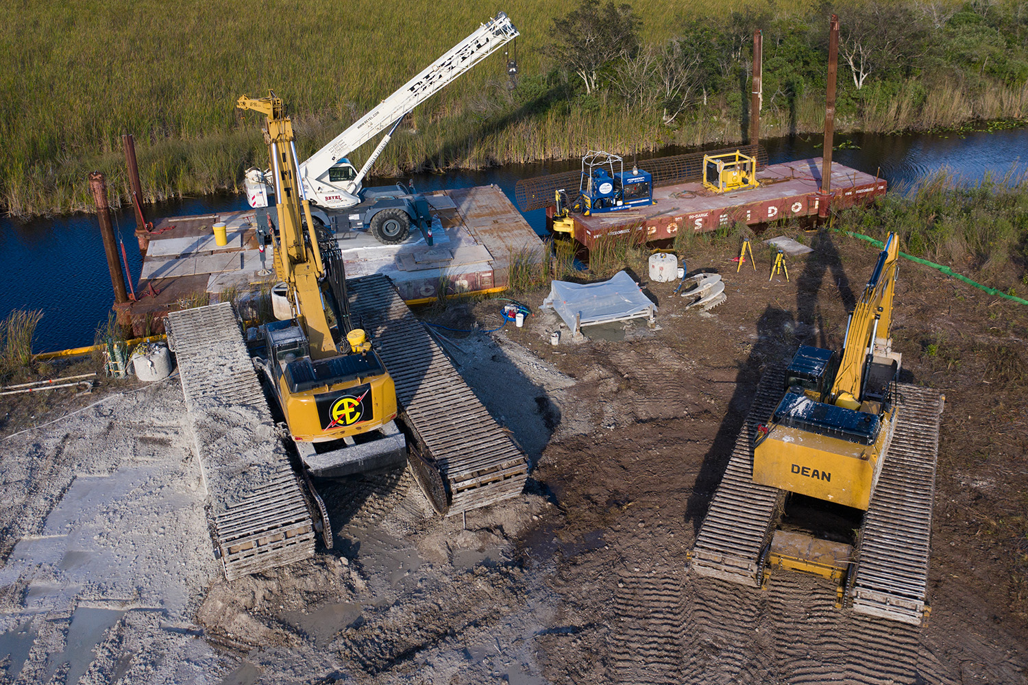 aldridge-electric-electrical-contractor-construction-foundation-foundations-drilling-nationwide-transmission-lines-midwest-chicago.jpg