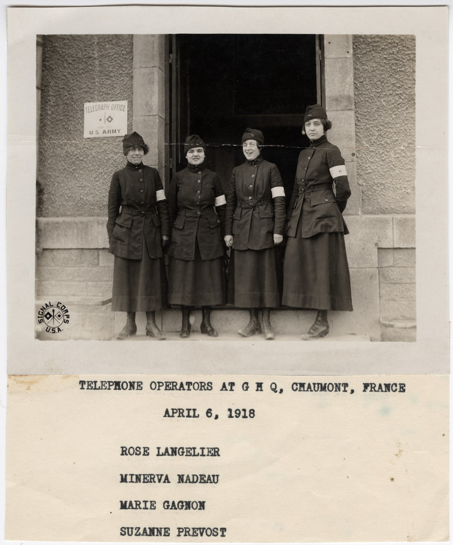 Photo 1 2015.121_Telephone_Operators_at_GHQ_Chaumont_France.jpg