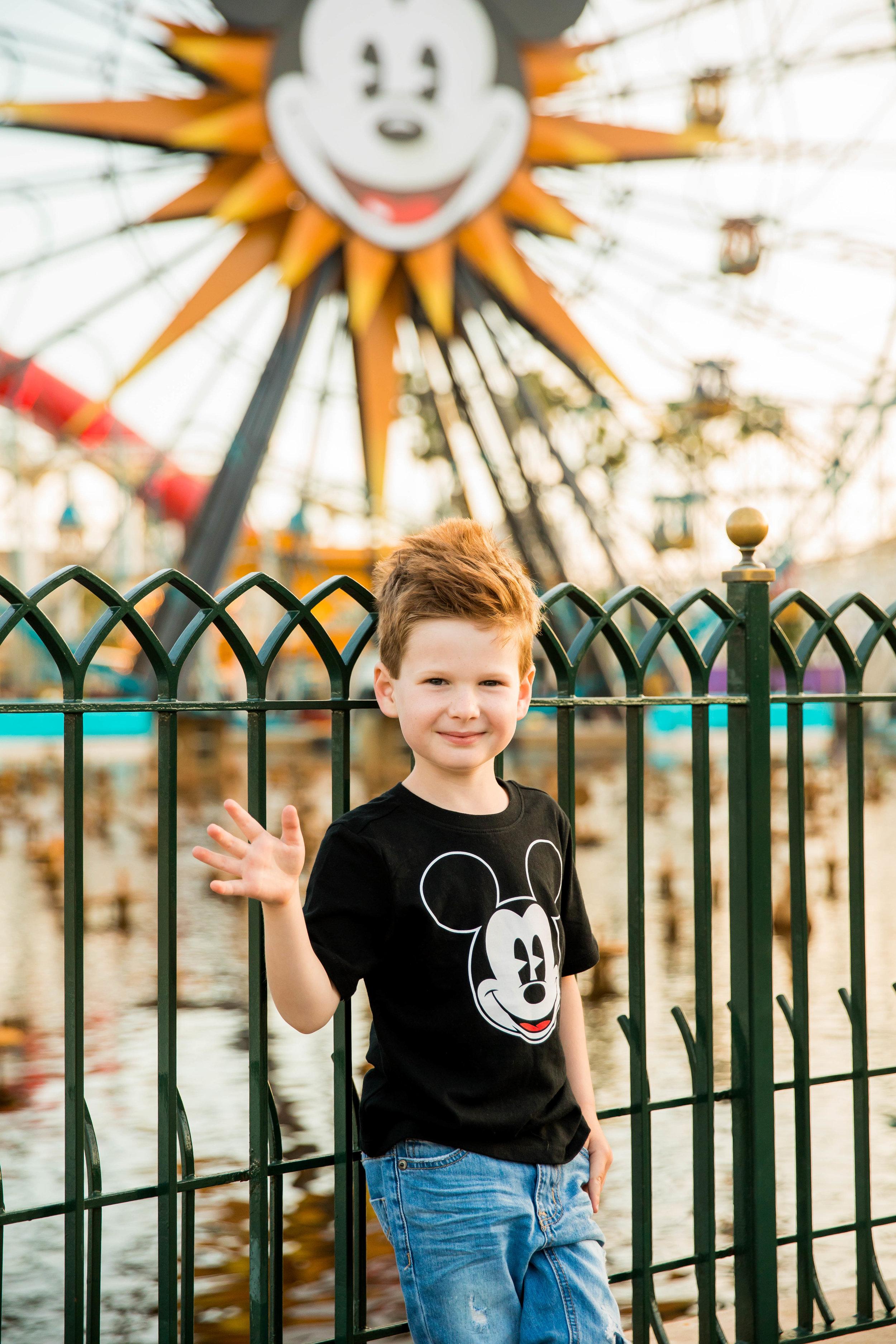 DisneylandPhotographer-SarahBlockPhotographyjpg