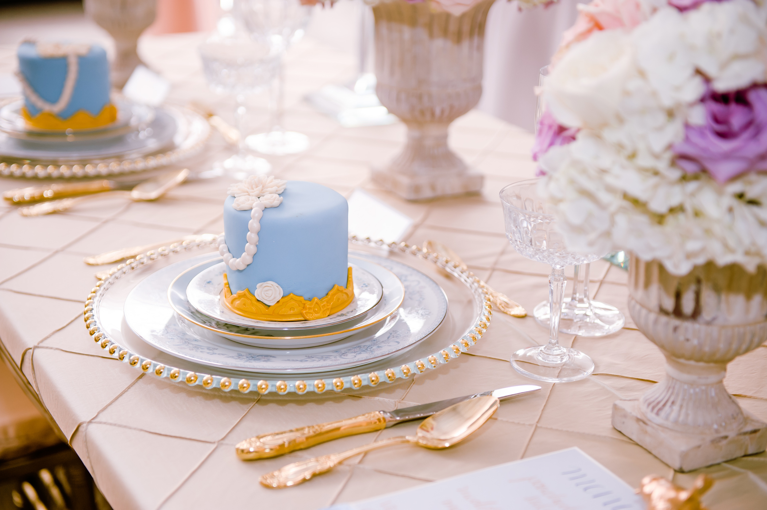 little wedding cake blue