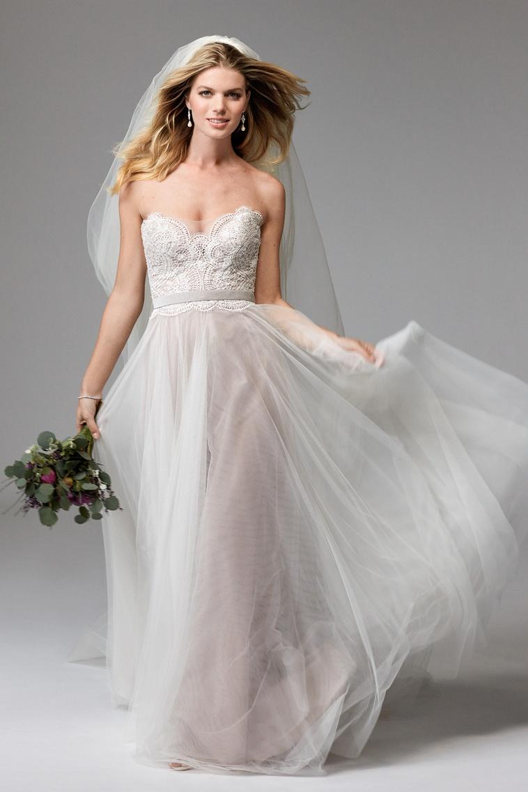 w too bridal POSH BRIDES.jpg