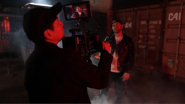 📸📸📸 @ayyo_s #musicvideo #behindthescenes #bts #red #reddigitalcinema #redscarletw #reddragon #5kdragon #filmmaking #setlife #🎥 #🔥