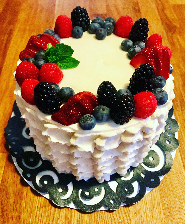 Berry Cream Cake