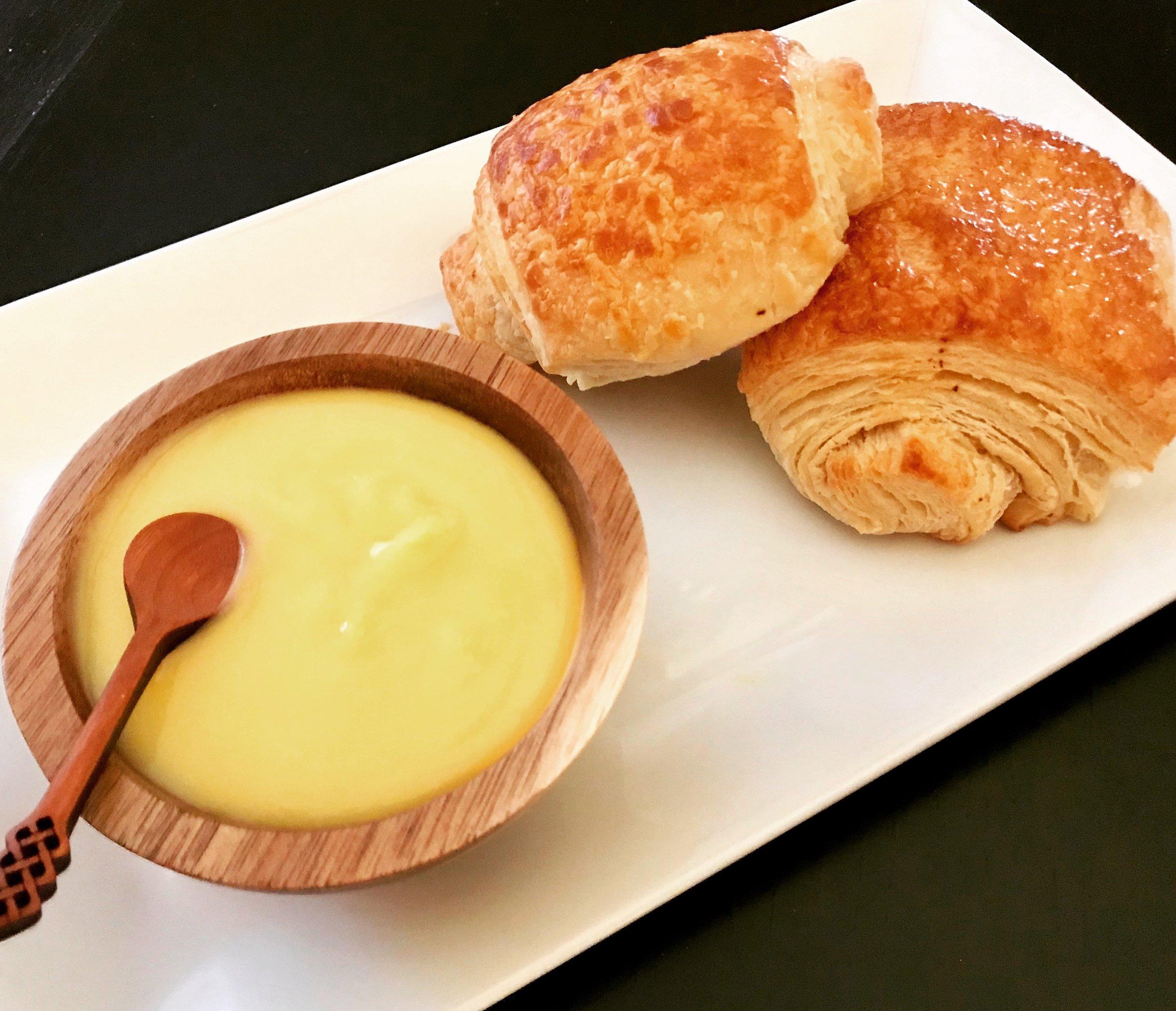 Lemon Curd with Croissants