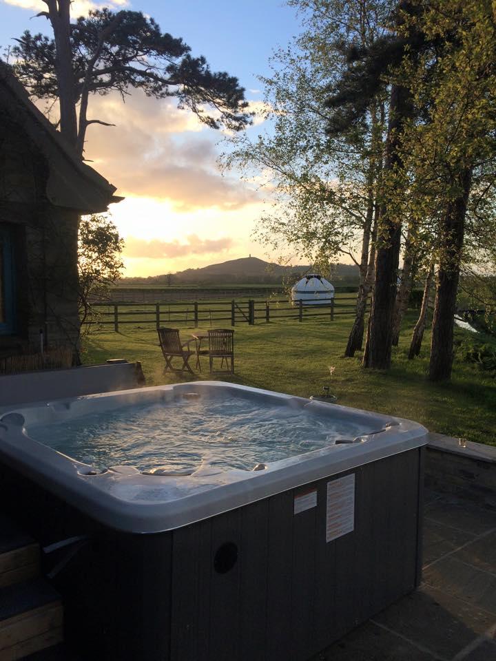 Hot tub 3 .jpg