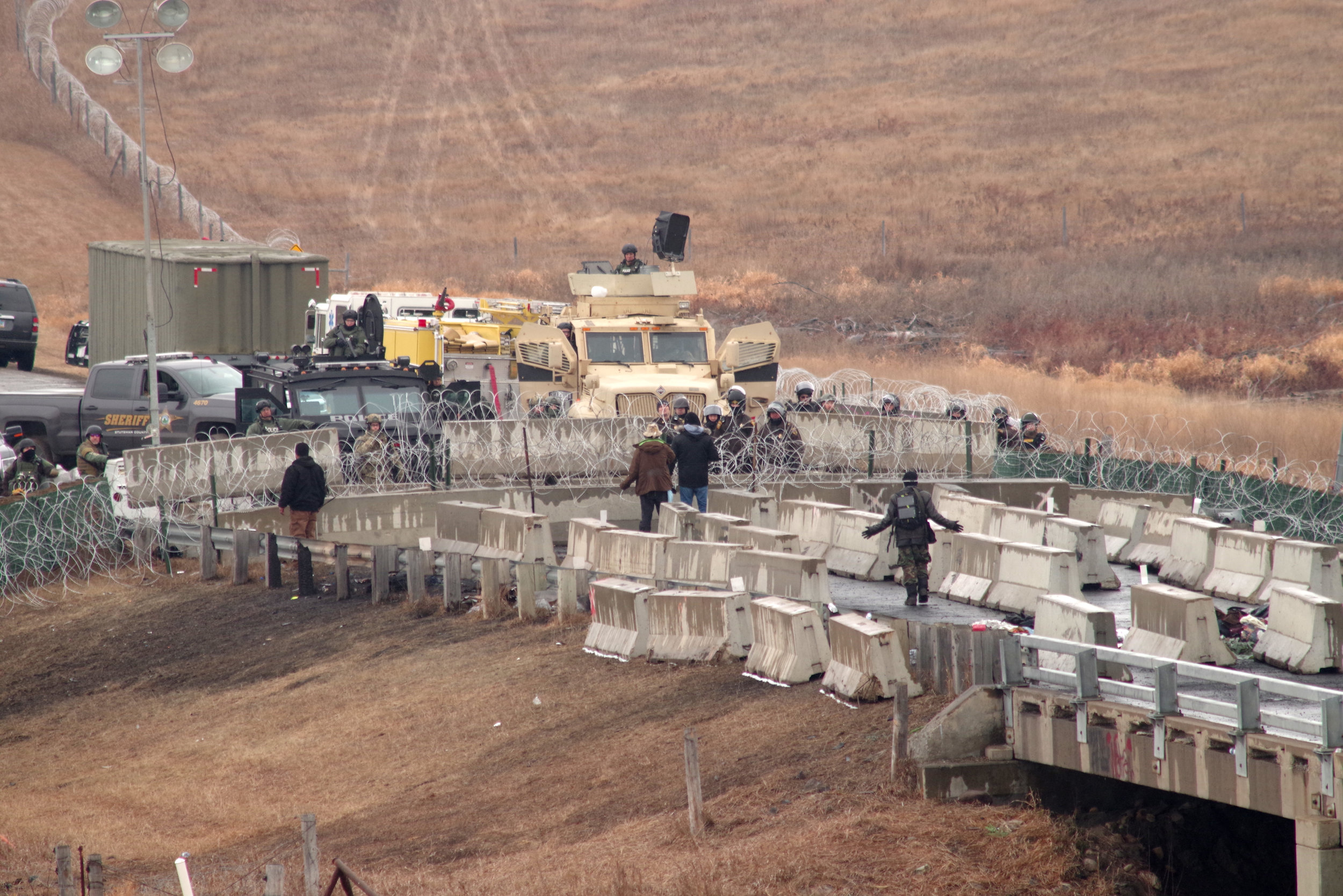 Bridge where cops have barricaded the road so Water Protectors can't access DAPL digging site.