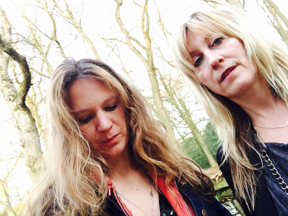 Amy and me in Friesland, Holland, in the garden of fairies right before our show in Oenkerk.