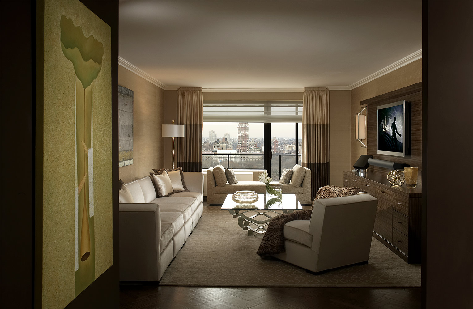 5th Ave Apartment
