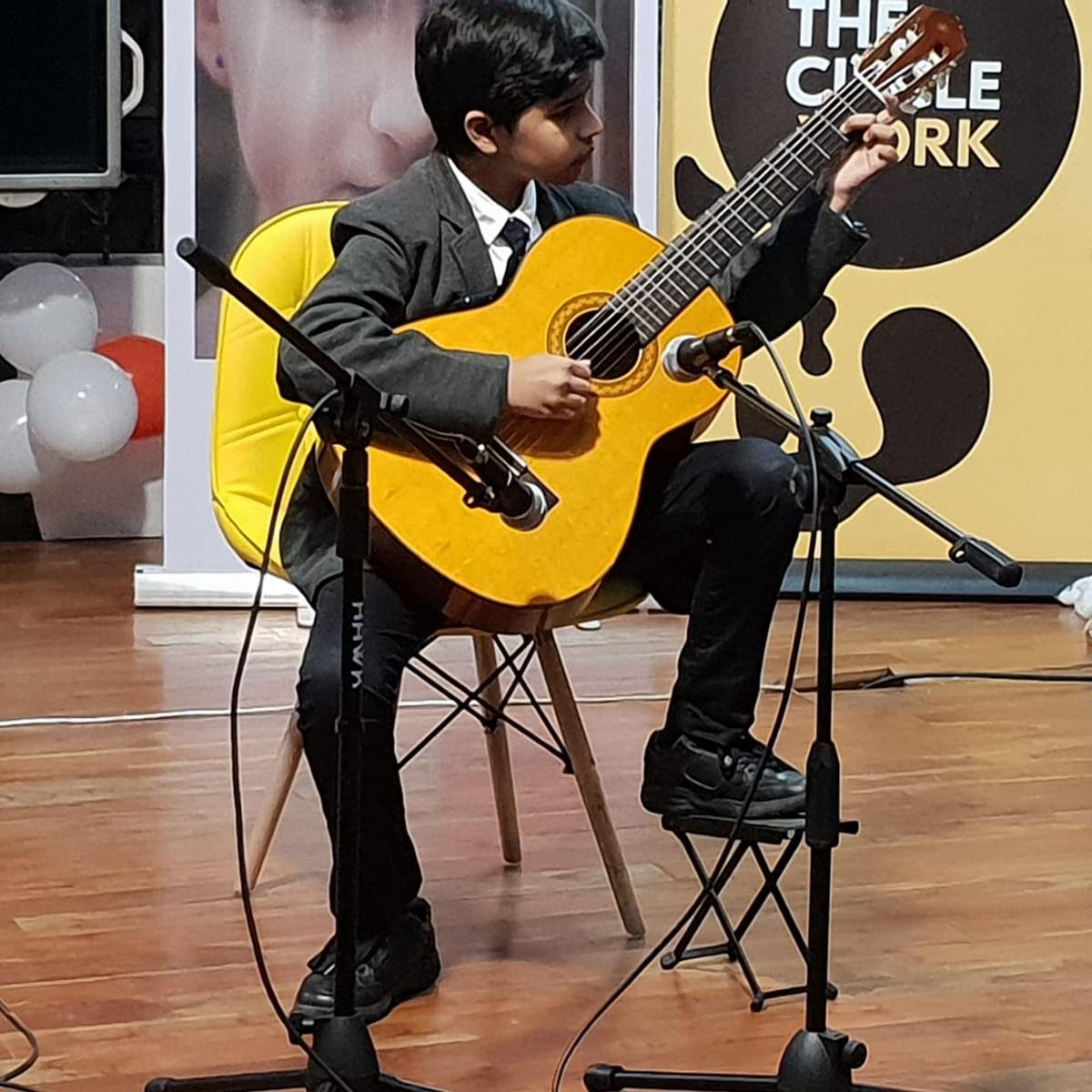 KABIR DAHIYA  (2018)   Grade 2 Guitar - Merit