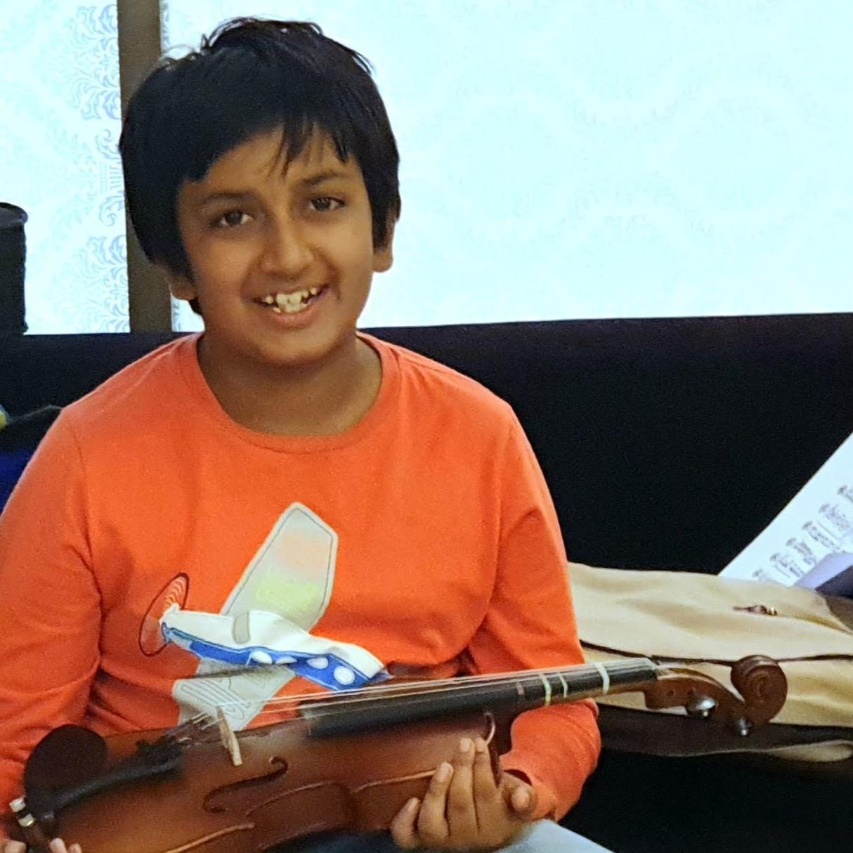 A CHAKRAVARTY  (2018) Grade 1 Violin - Distinction
