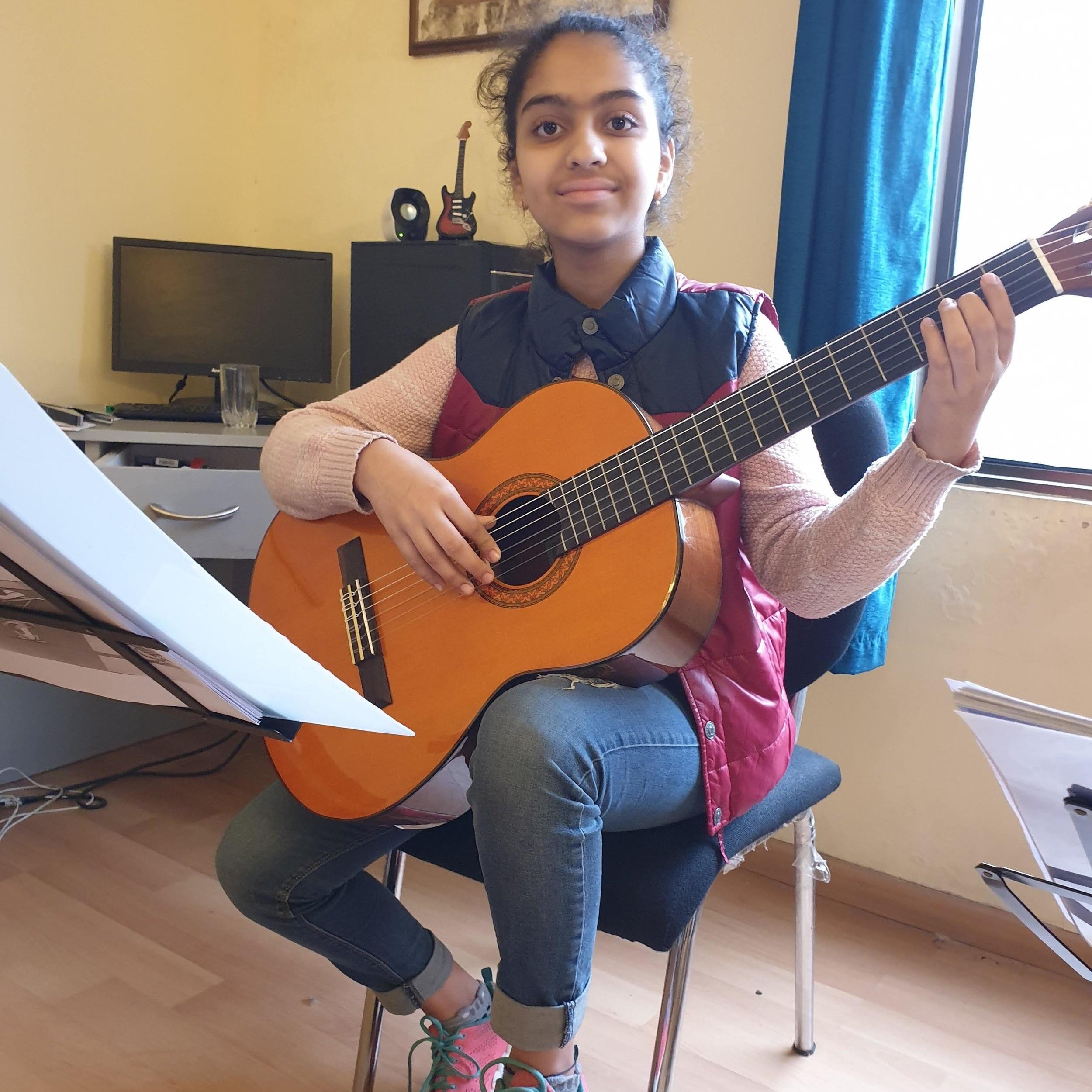 SAMYRA GERA  (2018) Prep test for Guitar