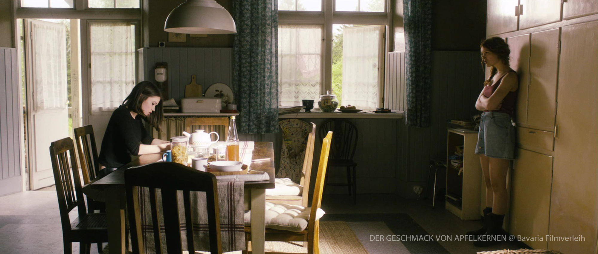 Der Geschmack von Apfelkernen Hanna Herzsprung Thomas Freudenthal Szenenbild Produktion Design  Artdirection  Filmsets Setdesigner Hamburg Production Design Szenenbild Germany Berlin
