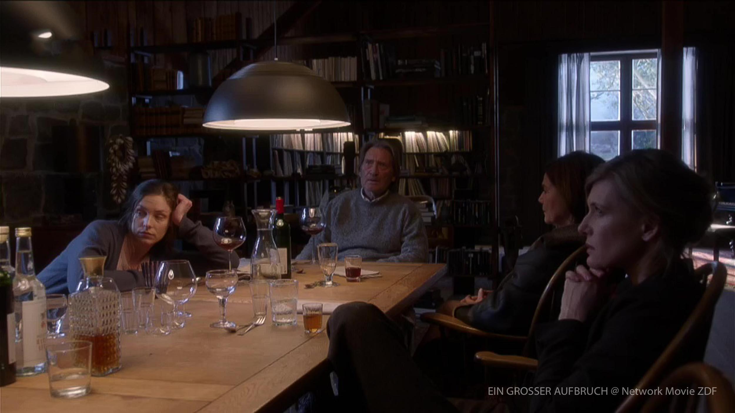 EIN GROSSER AUFBRUCH Regie Matti Geschonneck Szenenbild Thomas Freudenthal-27.jpg