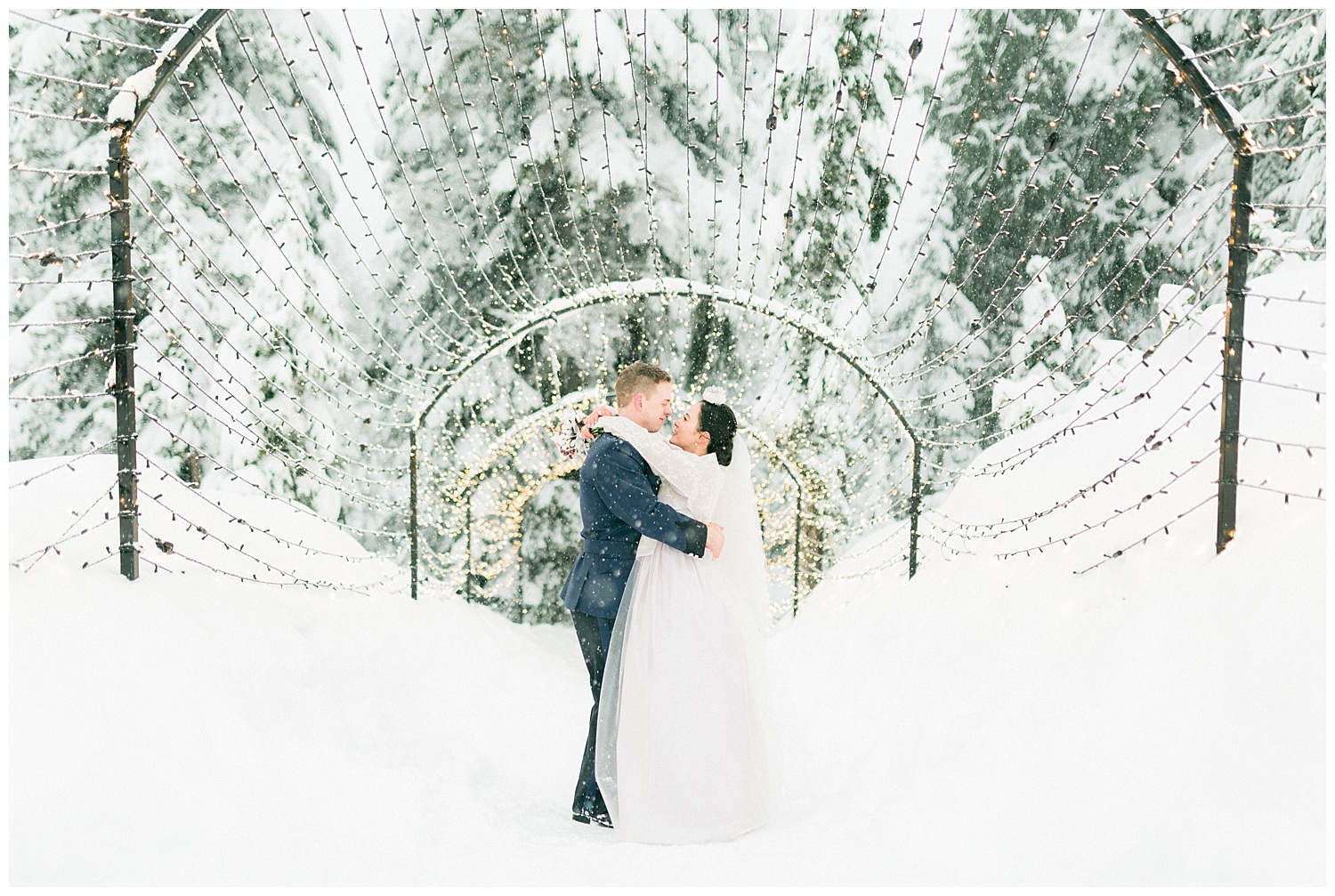 Grouse Mountain Engagement Prewedding Wedding Photography00003.jpg