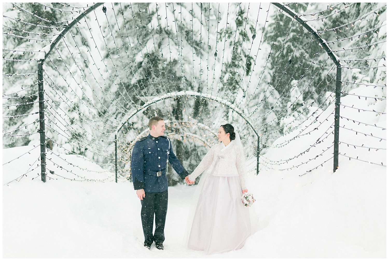 Grouse Mountain Engagement Prewedding Wedding Photography00004.jpg