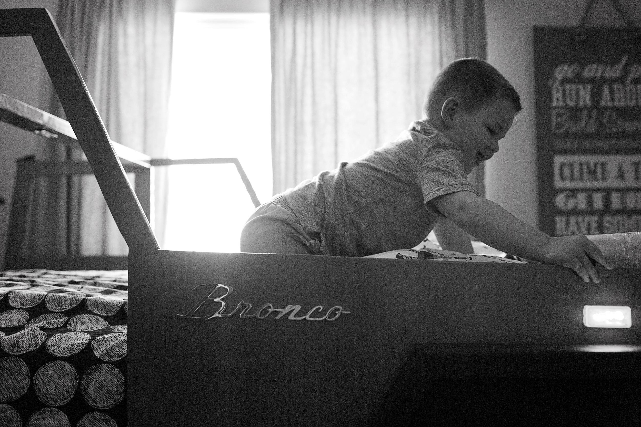 Parker Newborn Lifestyle Photograher