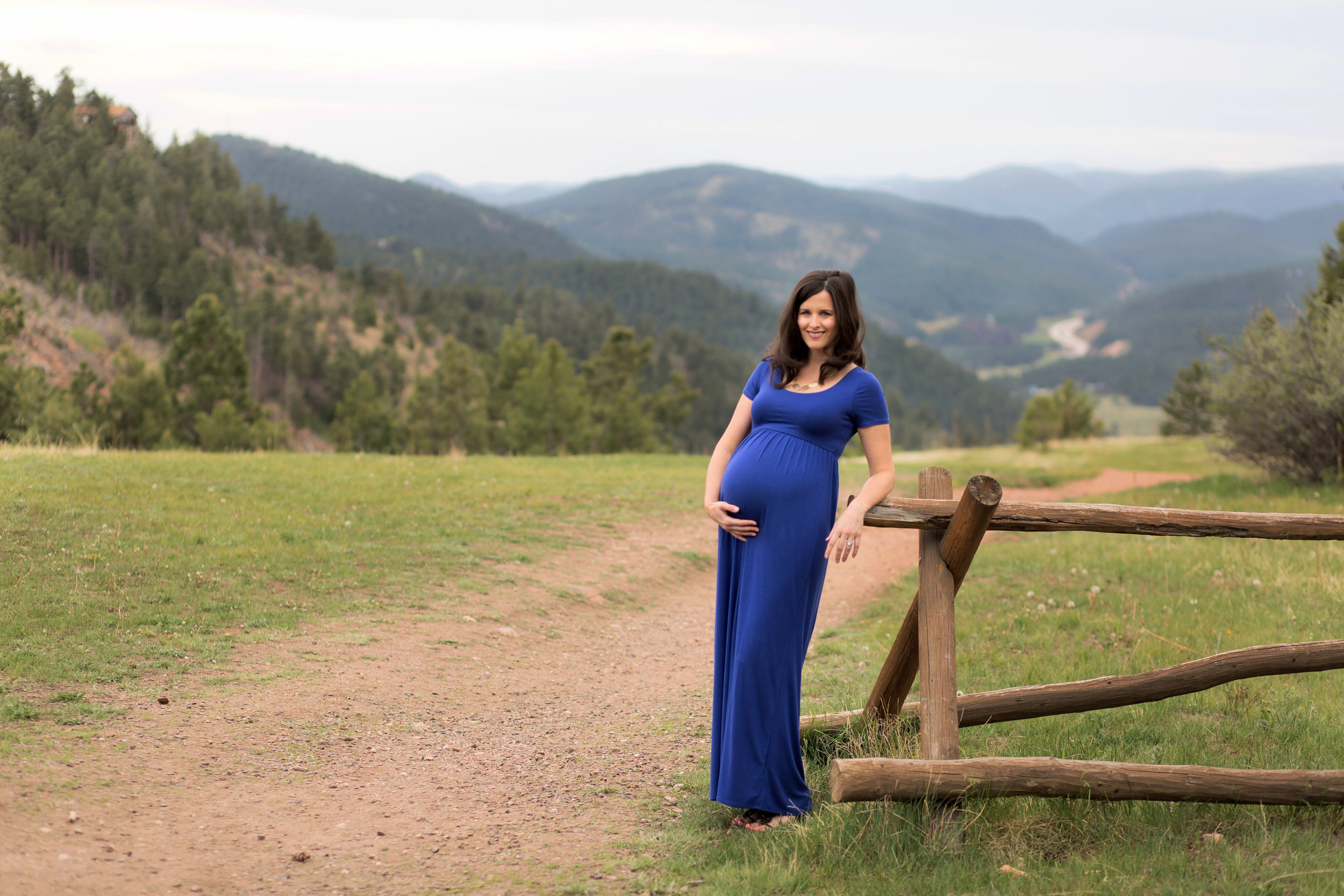 Broomfield Maternity and Newborn Photographer