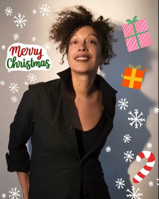 MERRY MERRY CHRISTMAS from CompanySBB to you!❤️ Feeling overjoyed & proud as the year comes to a close with such great news.. #EvesSong has been categorized by Forbes as one of NYC's BEST THEATER OF 2018!!! Much congrats to Playwright @ionelloyd & #JoBonney! Thank you for trusting in my process as the Movement Director. Working alongside my lovely assistant @l.a.shine and this talented cast was nothing but a pleasure💙👏🏾✨ . . . || photo by @jcdhien || #thankful #holidayjoy #movementdirector #sbb #sbbirdland #welcometobirdland #dance #theatre #thepublic #forbes #nyc #love #arts #2018