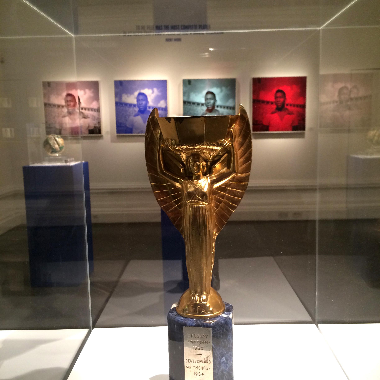 Louis Sidoli Neon Art: Pele Art Life Football - Halyon Gallery - 19