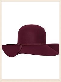 plum felt hat.jpg