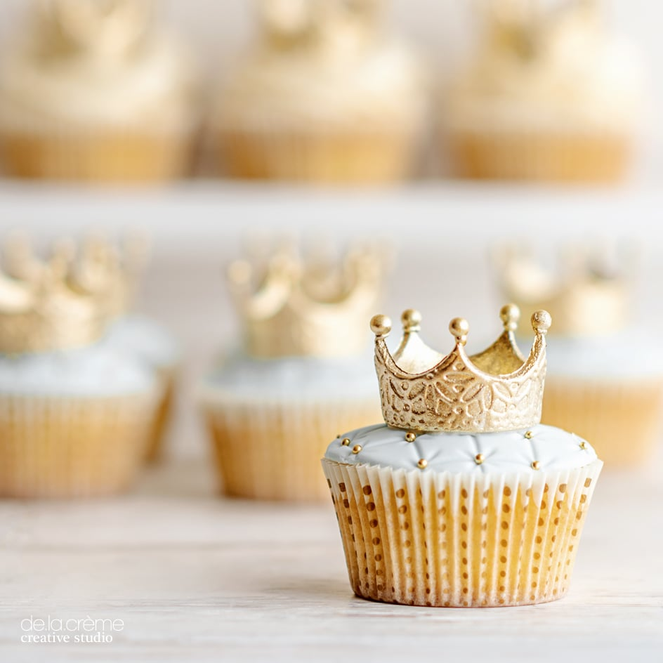 Royalbabyshowercake03.jpg
