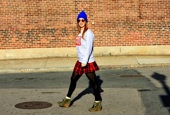 Sweatshirt, ElevenParis ; Skirt, Kate Spade Saturday; Beanie, Sandro Paris; Sunglasses, Make My D in Montmartre, Paris; Shoes, R2 by Report