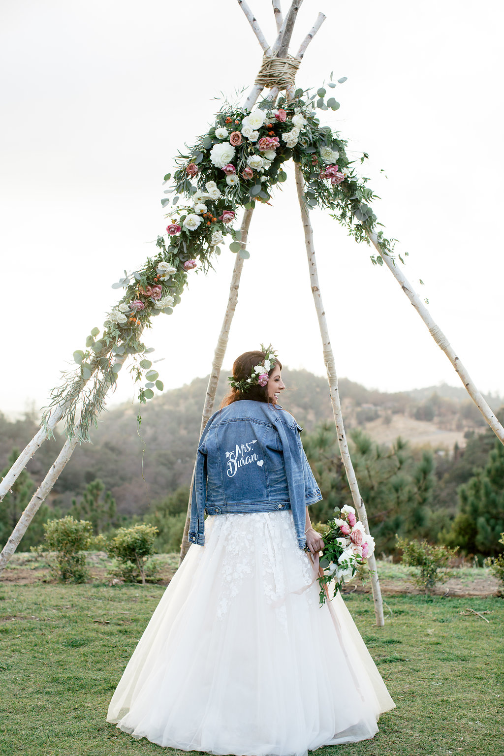 ceremony flowers bride -106.jpg