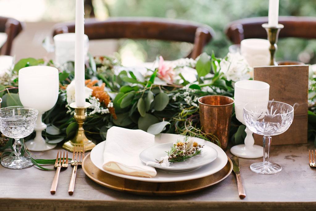 reception table flowers -28.jpg