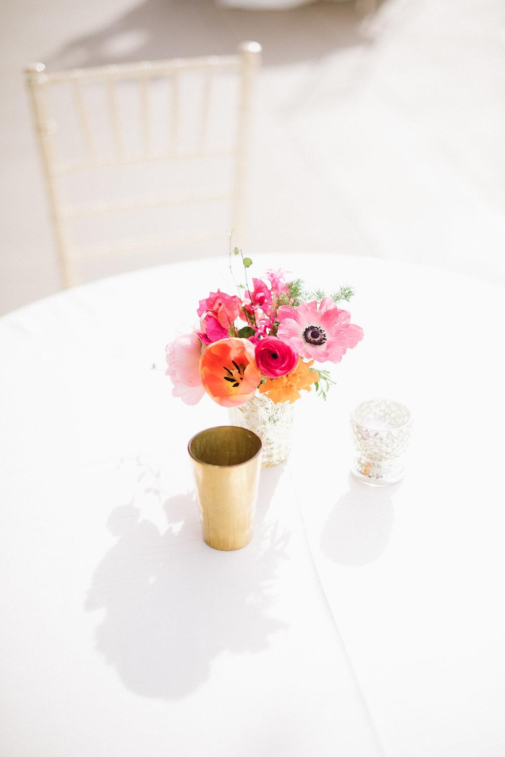 Cocktail Table Flowers-433.jpg