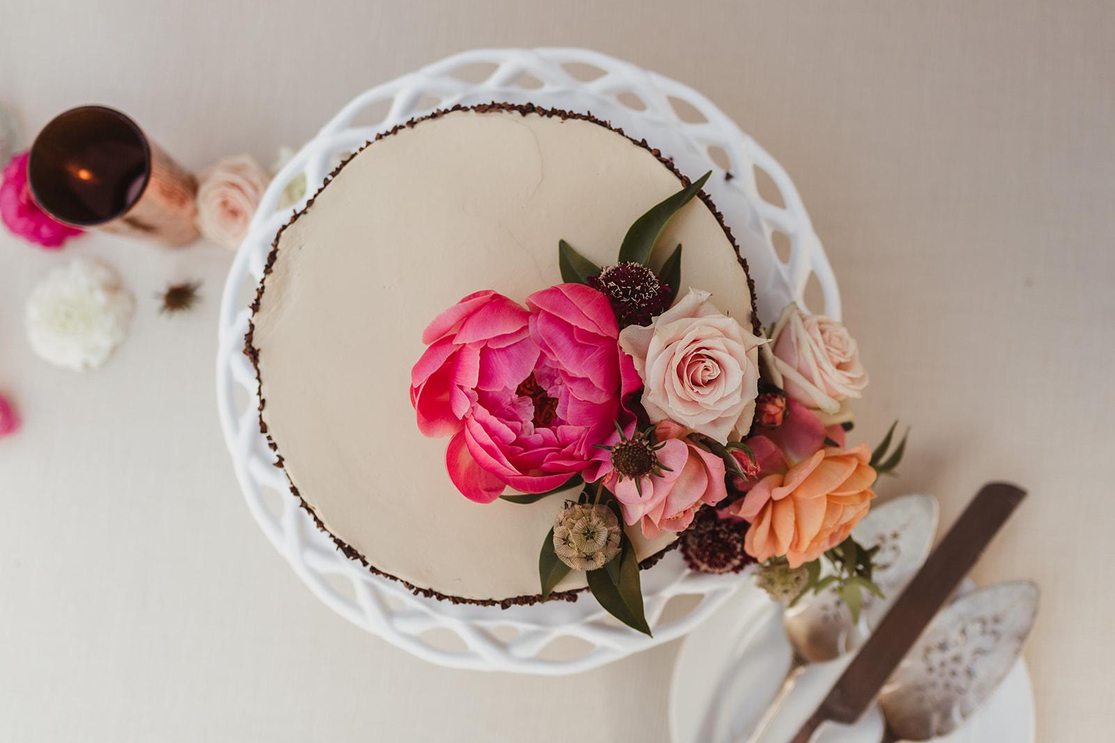 37 cake flowers.jpg