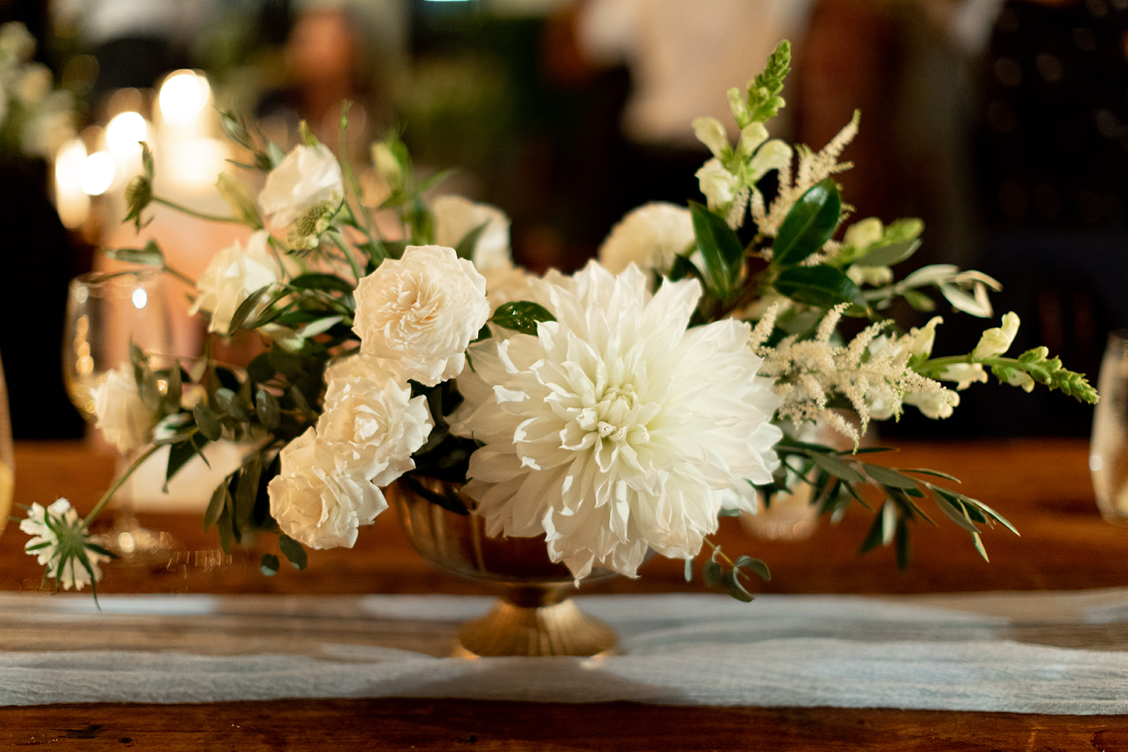 21 white centerpiece.jpg