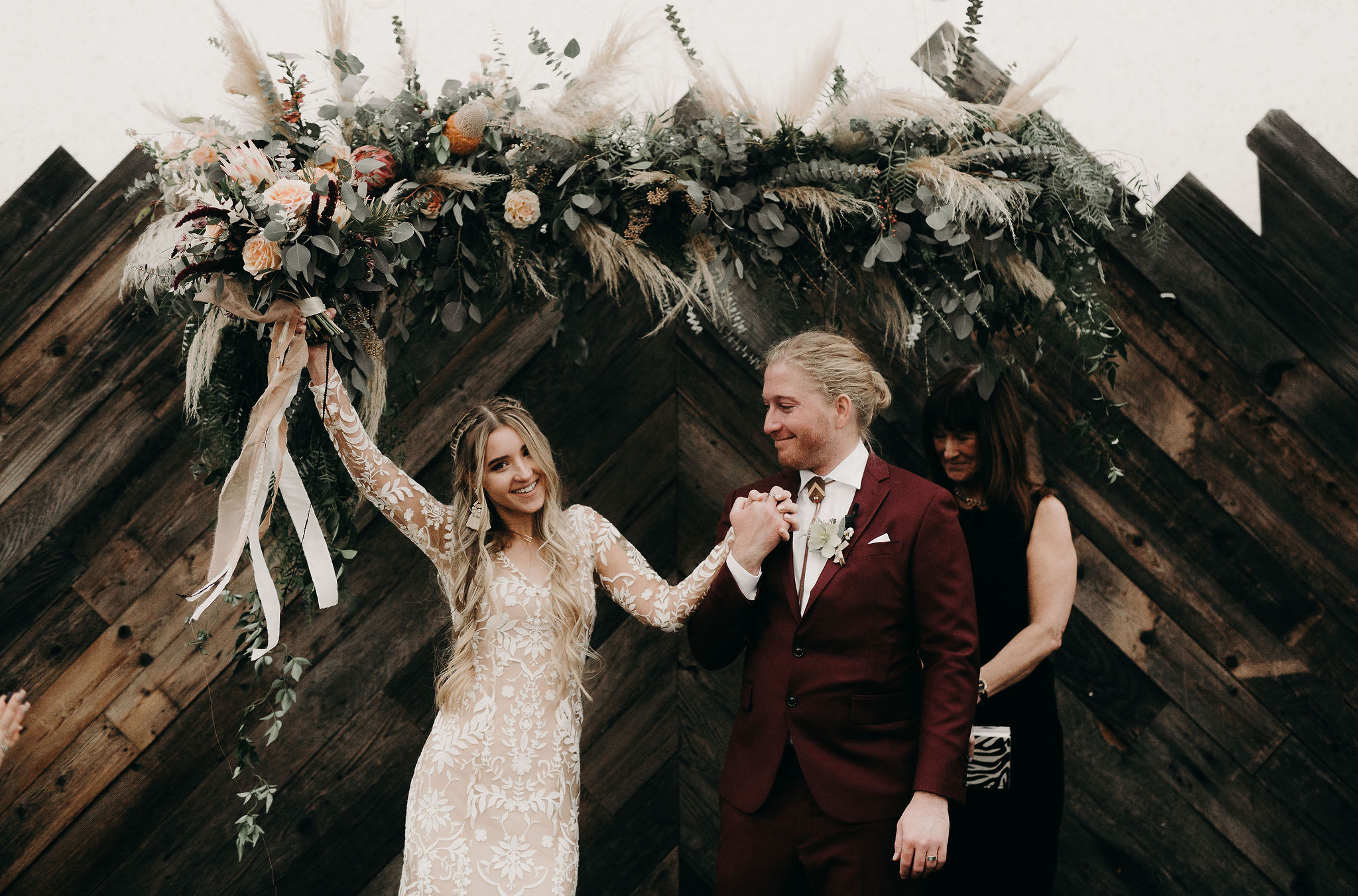 Boho bridal bouquet.jpg