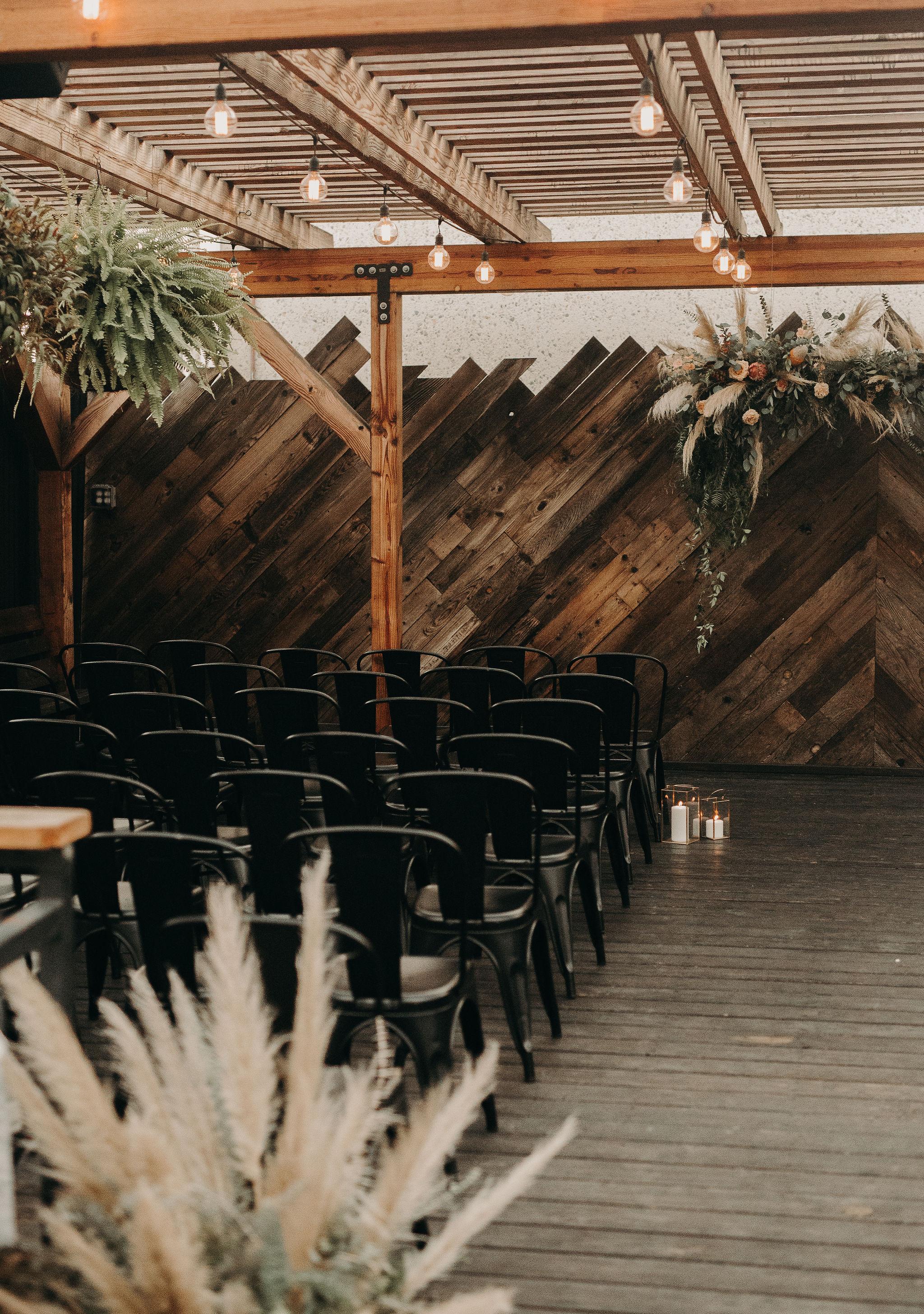 pampas grass wedding 5.jpg
