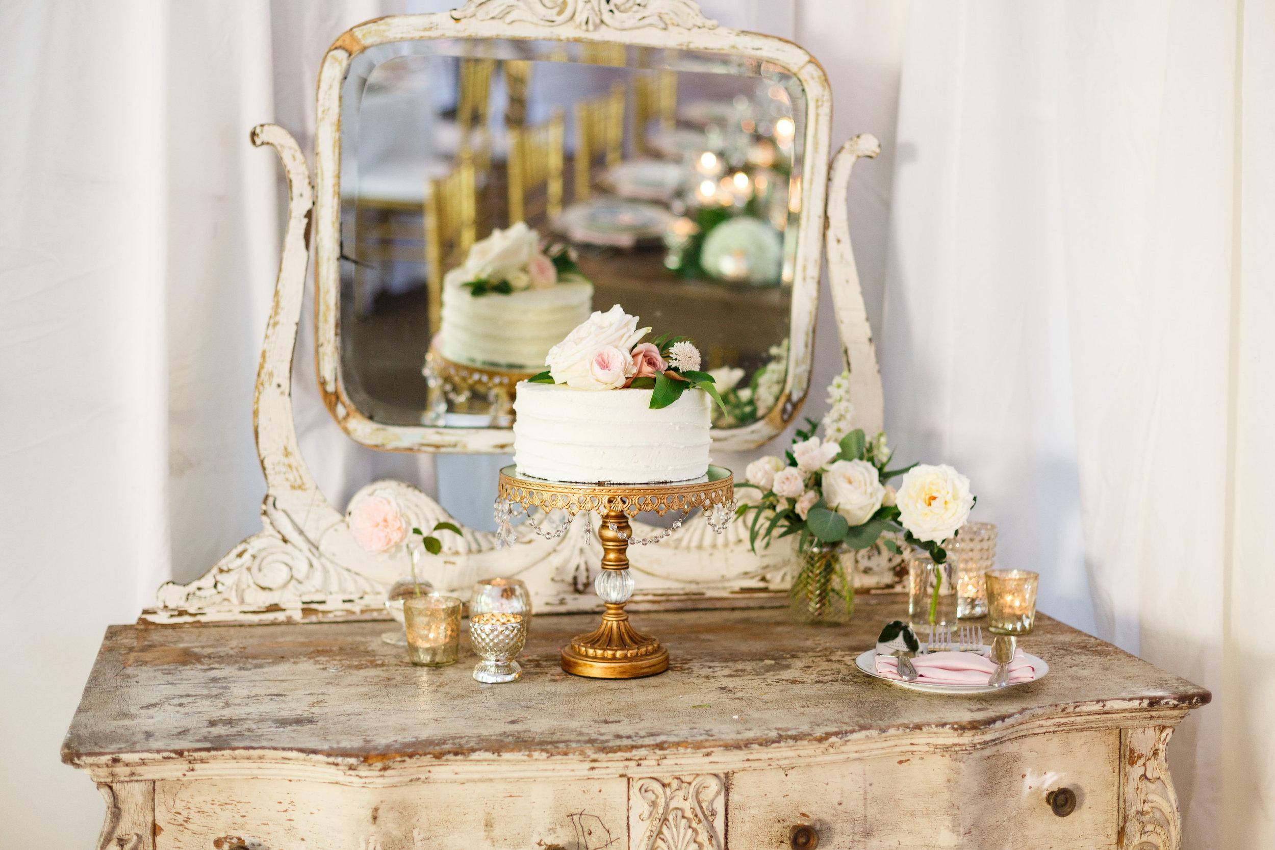 Cake Flowers.jpg