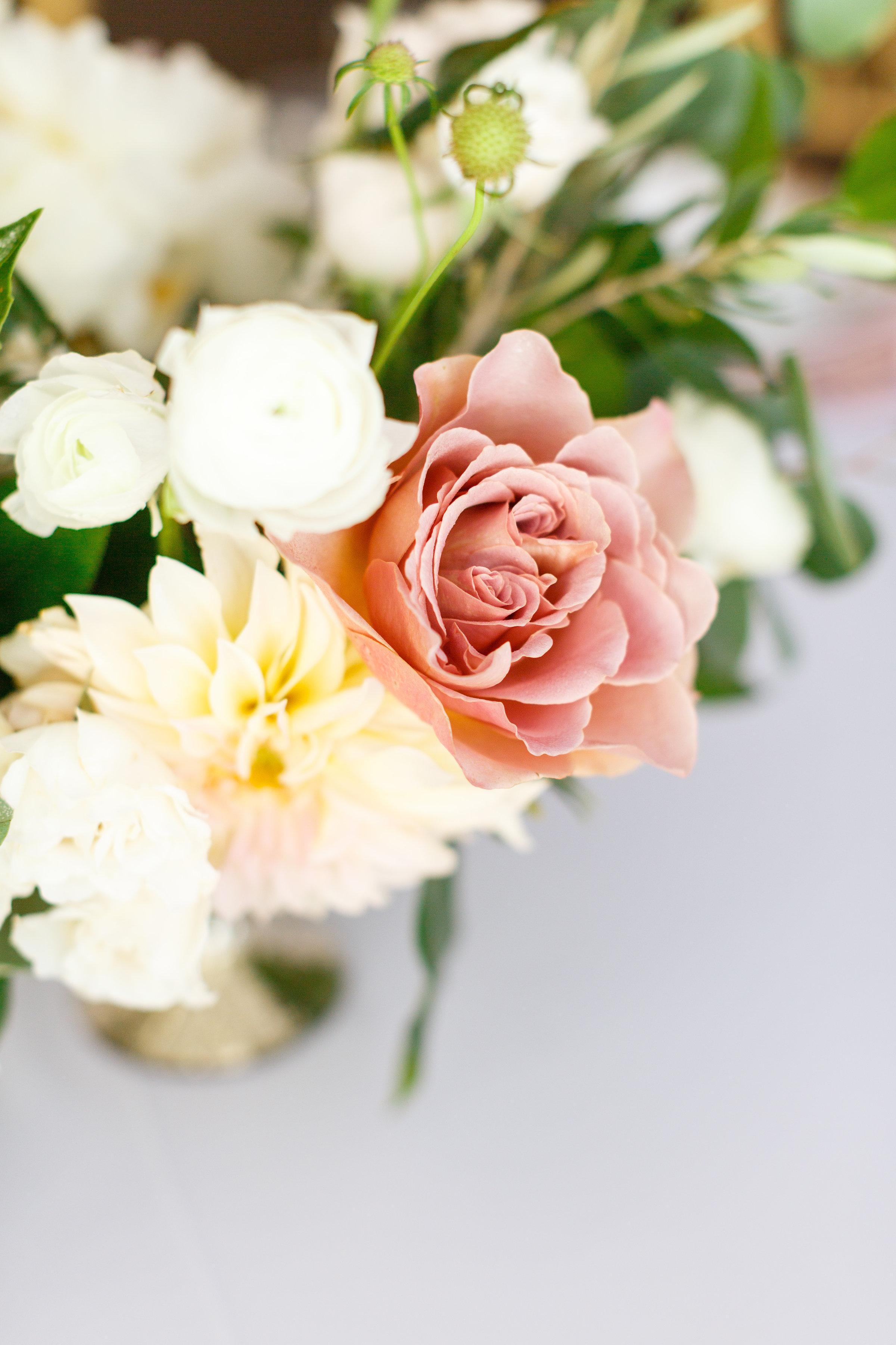 Centerpiece Flowers.jpg