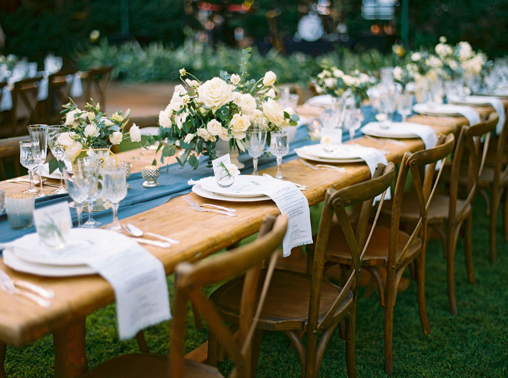 wedding table white flowers.JPG
