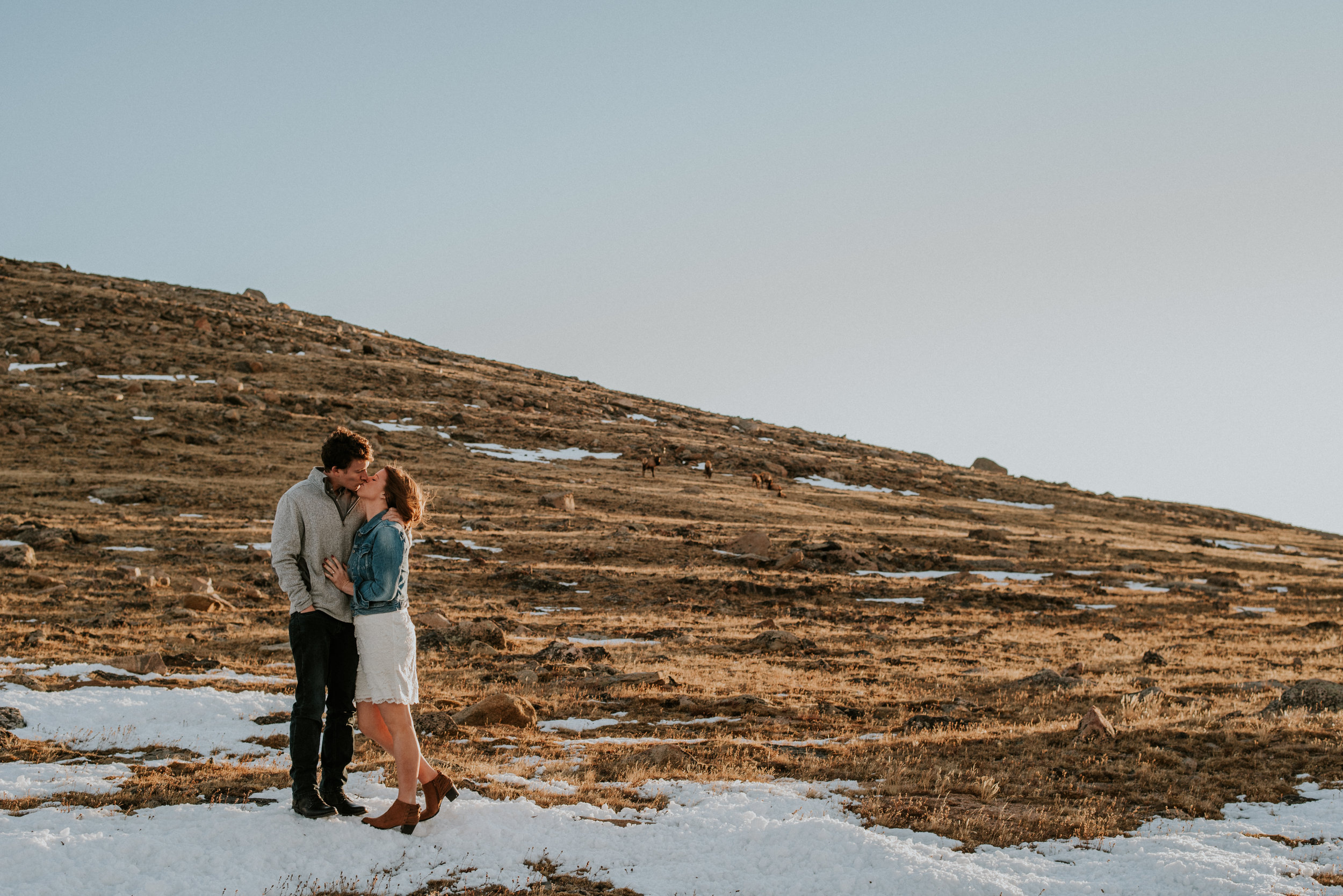 Trail Ridge Road Sunrise Snowy engagement session-16.jpg