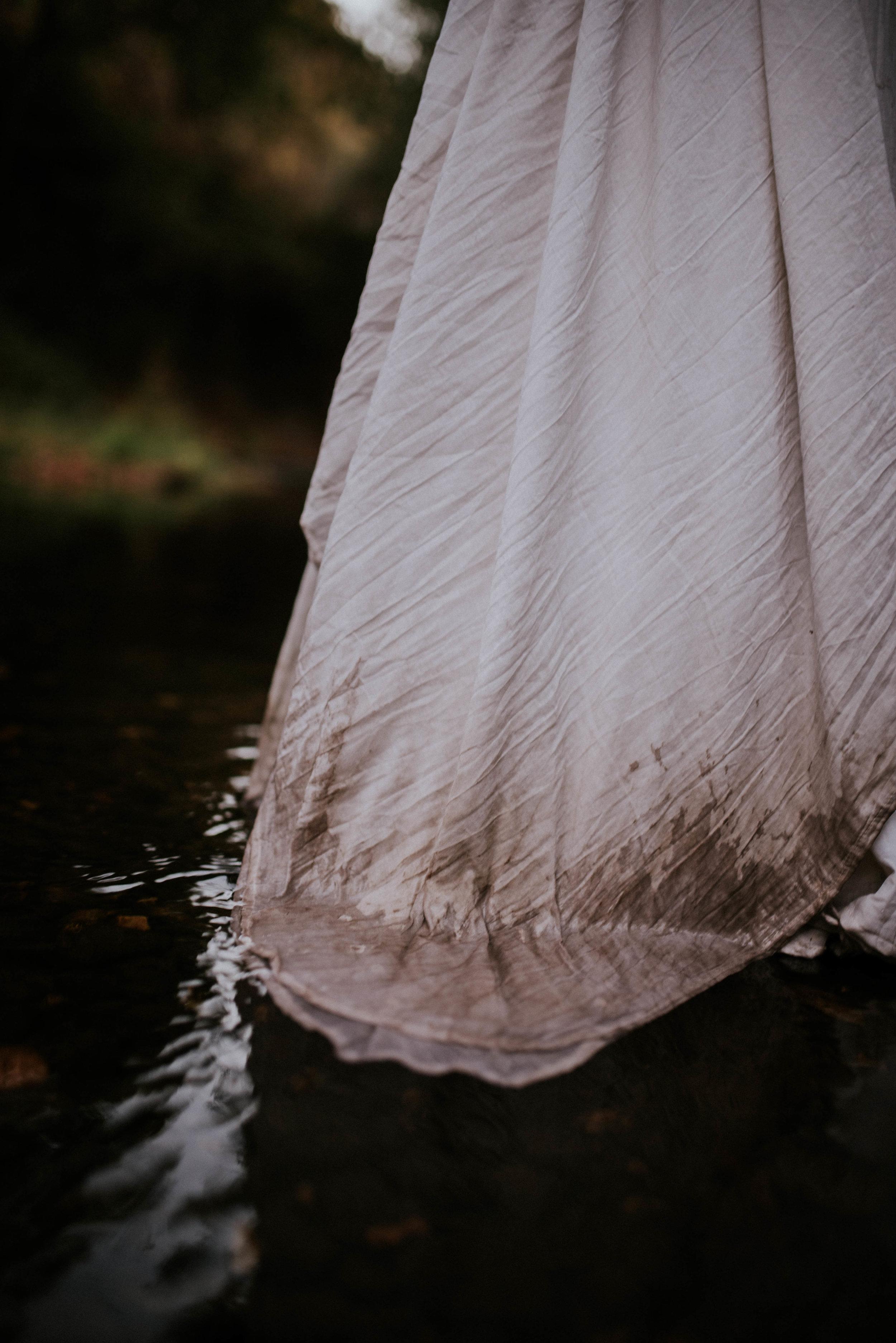 Intimate Adventure Fall Sedona Wedding_-13.jpg