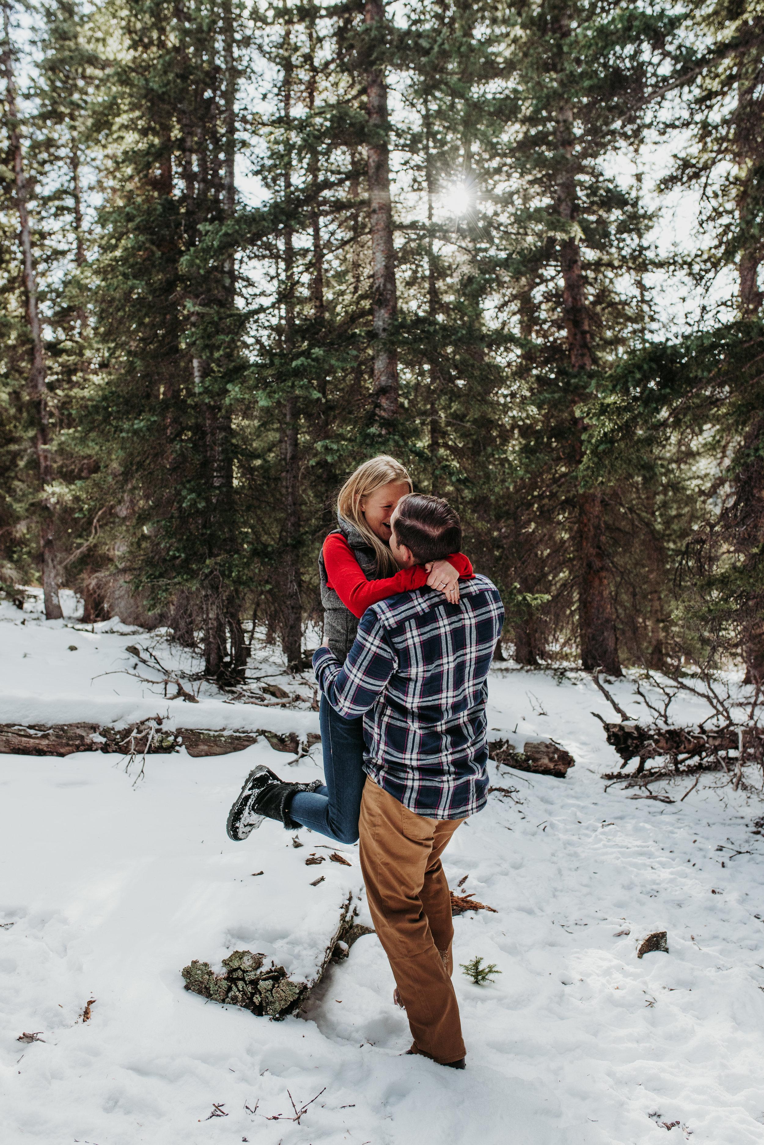 Colorado Adventure Snowy Engagement Session-8.jpg