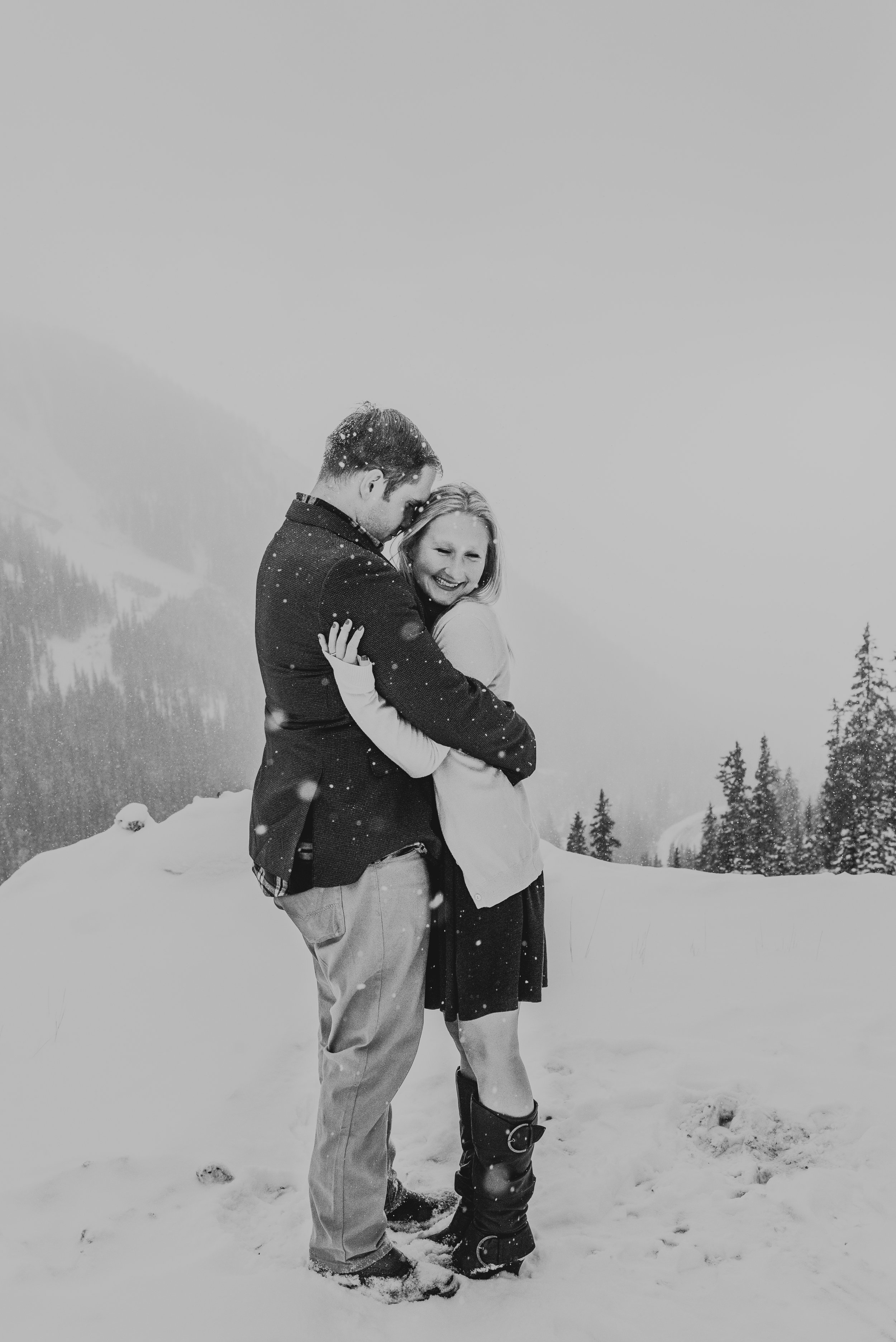 Colorado Adventure Snowy Engagement Session-66.jpg