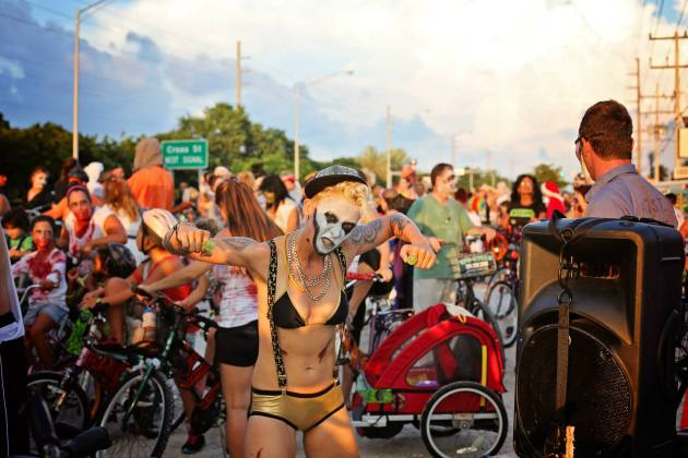 Click to read full article - zombie bike ride attendee