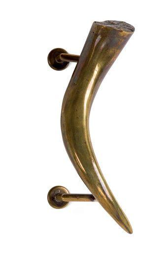 e742cb4ee269c1e710010ea786eb5abc--design-urban-door-handle.jpg