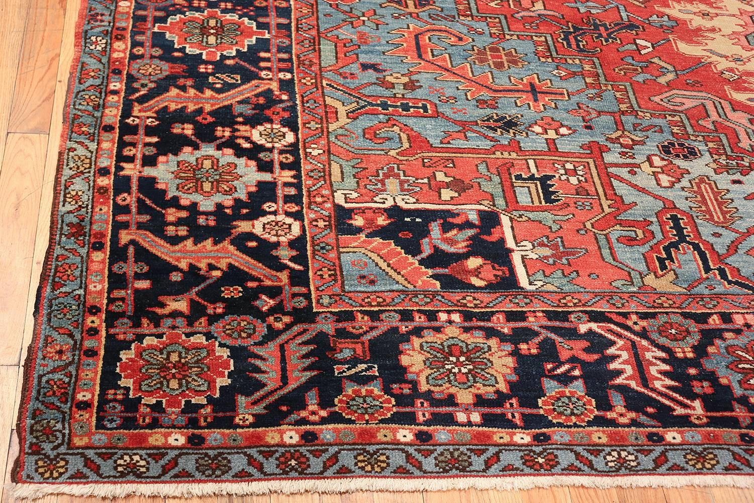 large_antique_geometric_heriz_persian_rug_49654_corner_master.jpg