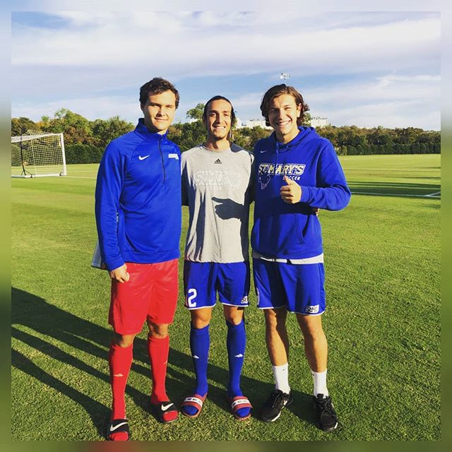 Dos Tres Amigos ♥️‼️Our Aussie 🇦🇺 and Mexican 🇲🇽 clients. Brothers in arms as @ger_11 @martinibarreche @marcus.plataniotis and @jacob_sayle battled hard for another win for @stmumsoccer ...now nationally ranked 🔝🔟 at #️⃣9️⃣ in NCAA D2‼️Great effort by Gerry getting back between the sticks 🥅🧤⚽. Well done to all our boys and the St Mary's Texas lads on such a massive momentum this season 💪♥️🇺🇲 #collegesoccerscholarship #collegesoccerscouts #collegesoccerplayers #u90college
