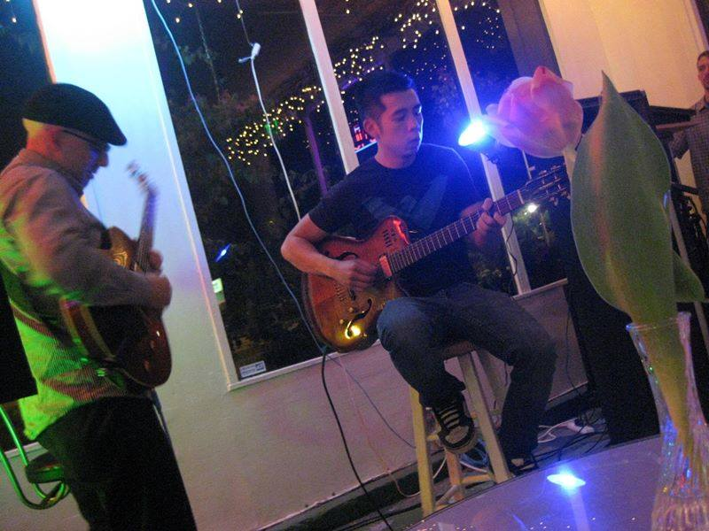 Duet at the Canvas 2011