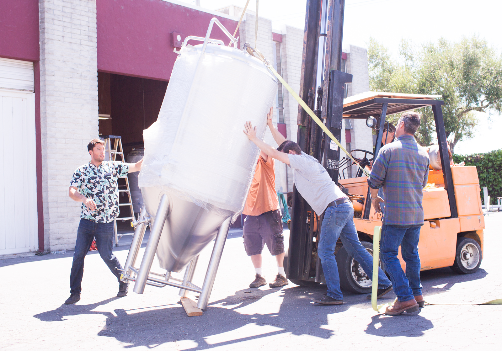 Yesterday, all hands were on deck to get those tanks off the truck and in our brewhouse. Big thanks to Butch and Paul because without them, we would be in a heap of trouble.