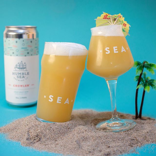 What beers are you taking to the beach on this summery Saturday?? We have two more choices in our Beach IPA style 🏖 that are ready to see some sunshine this weekend.  Beauty and the Beach (5.3%) Beach IPA with Amarillo, Mosaic, Wakatu & yeast from Berkeley Hills 🙌🏻 Yes to crowler/growler fills!  Beach Fog (5.3%) Beach IPA with Citra & Mosaic 🍊🍋🍍🍊#humblesea⠀⠀⠀⠀⠀⠀⠀⠀⠀⠀⠀⠀⠀⠀⠀⠀⠀⠀⠀⠀⠀⠀⠀⠀⠀⠀⠀⠀⠀⠀⠀⠀⠀⠀⠀⠀⠀⠀⠀⠀⠀⠀⠀⠀⠀⠀⠀⠀⠀⠀⠀⠀⠀⠀⠀⠀⠀⠀⠀⠀⠀⠀⠀⠀⠀⠀⠀⠀⠀⠀⠀⠀⠀⠀⠀⠀⠀⠀⠀⠀⠀⠀⠀⠀⠀⠀⠀⠀⠀⠀⠀⠀⠀⠀⠀⠀⠀⠀⠀⠀⠀⠀⠀⠀⠀⠀⠀⠀⠀⠀⠀⠀⠀⠀⠀⠀⠀⠀⠀⠀⠀⠀⠀⠀⠀⠀⠀⠀⠀⠀⠀⠀⠀⠀⠀⠀⠀⠀⠀⠀⠀⠀⠀⠀⠀⠀⠀⠀⠀⠀⠀⠀⠀⠀⠀⠀⠀⠀⠀⠀⠀⠀⠀⠀⠀ ⠀⠀⠀⠀⠀⠀⠀⠀⠀⠀⠀⠀⠀⠀⠀⠀⠀⠀⠀⠀⠀⠀⠀⠀⠀⠀⠀ #californiabeer #craftbeer #santacruz #bayareabeer #santacruzbeer #beernerd #beer #beerpics #instabeer #beerstagram #summerbeer #beachbeer #beachipa #kookssinceforever #coastbeer