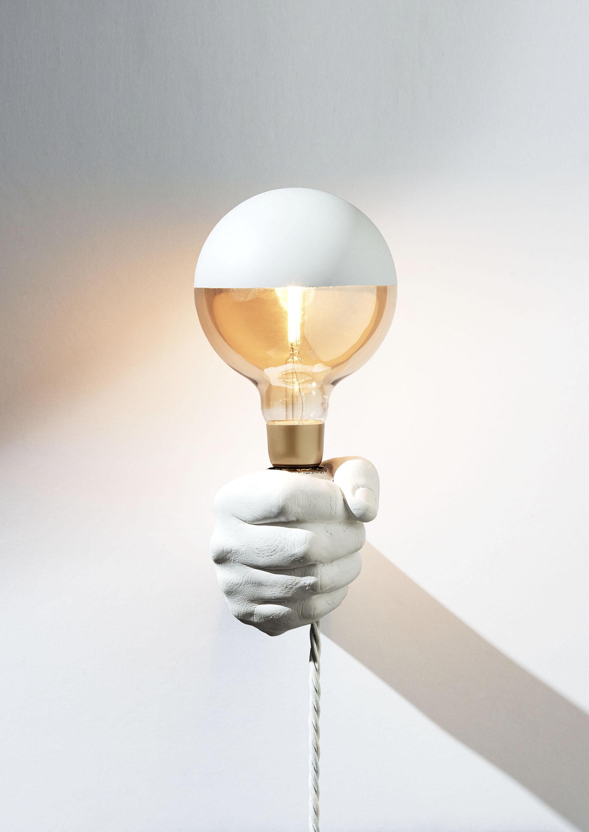 LA BETE - SCONCE LIGHT IN WHITE